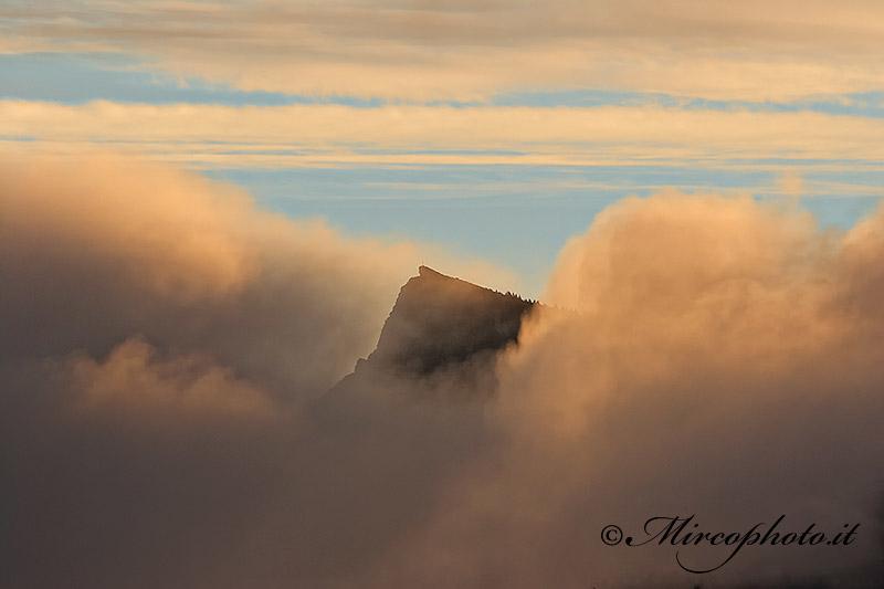 Alba e nebbia